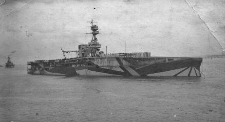 HMS_Furious_IB