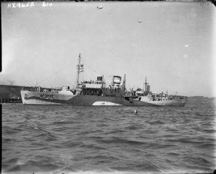 09a HMS_Azalea_WWII_IWM_FL_1300