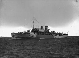 09b HMS_Spiraea_(K08)_IWM_FL_22550