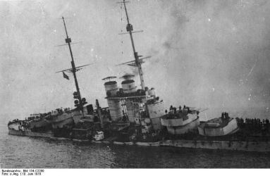 Náklon Istvána po zásahu torpédy