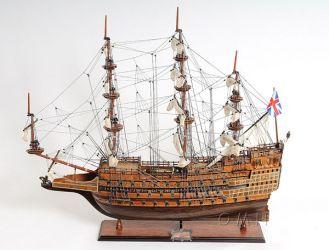04 Sovereign of the Seas z r. 1637 pět děl.palub